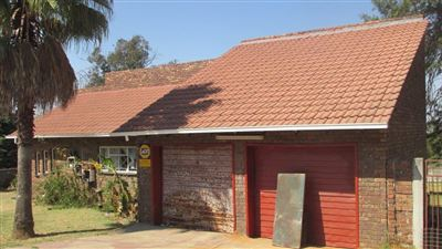 Property and Houses for sale in Jackaroo Park, House, 3 Bedrooms - ZAR 900,000