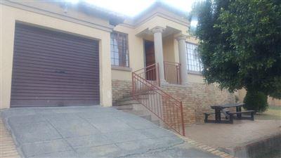 Geelhoutpark property for sale. Ref No: 13518015. Picture no 1