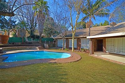 Roodepoort, Wilro Park Property  | Houses For Sale Wilro Park, Wilro Park, House 4 bedrooms property for sale Price:1,398,000