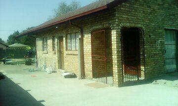 Rustenburg, Oos Einde Property  | Houses To Rent Oos Einde, Oos Einde, House 2 bedrooms property to rent Price:,  5,70*