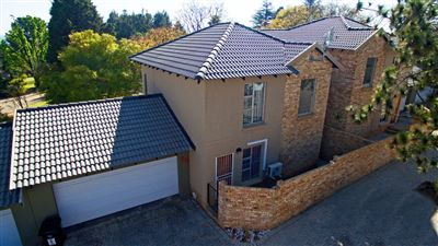 Roodepoort, Honeydew Manor Property  | Houses For Sale Honeydew Manor, Honeydew Manor, Townhouse 3 bedrooms property for sale Price:1,550,000