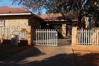 Rustenburg, Safari Gardens Property    Houses To Rent Safari Gardens, Safari Gardens, House 4 bedrooms property to rent Price:, 11,40*