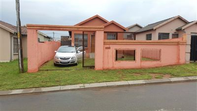 Roodepoort, Fleurhof Property  | Houses For Sale Fleurhof, Fleurhof, House 2 bedrooms property for sale Price:530,000