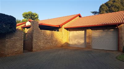 Pretoria, Die Wilgers Property  | Houses For Sale Die Wilgers, Die Wilgers, Townhouse 2 bedrooms property for sale Price:1,130,000