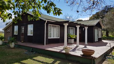 Paarl property for sale. Ref No: 13522299. Picture no 2