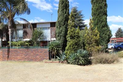 Roodepoort, Groblerpark Property  | Houses For Sale Groblerpark, Groblerpark, House 2 bedrooms property for sale Price:620,000