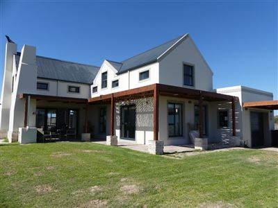 House for sale in Cape St Martin Private Reserve