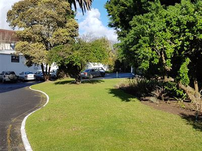 Apartment for sale in Rondebosch Village