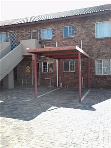 Property and Houses for sale in Highveld, Townhouse, 2 Bedrooms - ZAR 800,000