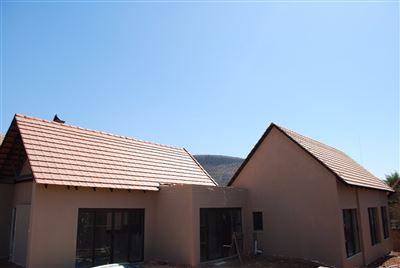 Hartbeespoort, Leloko Property  | Houses For Sale Leloko, Leloko, House 3 bedrooms property for sale Price:1,980,000