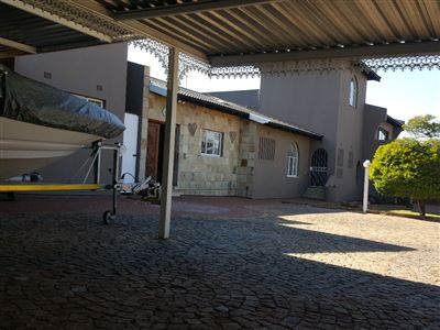 Germiston, Albemarle And Ext Property    Houses For Sale Albemarle And Ext, Albemarle And Ext, House 3 bedrooms property for sale Price:2,400,000