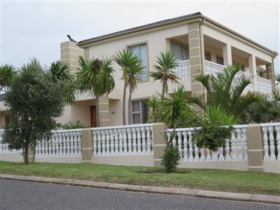 Property and Houses for sale in Country Club, House, 5 Bedrooms - ZAR 3,250,000