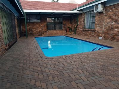 Pretoria, Amandasig & Ext Property  | Houses For Sale Amandasig & Ext, Amandasig & Ext, House 5 bedrooms property for sale Price:1,750,000