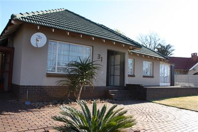 Krugersdorp, Silverfields Property  | Houses For Sale Silverfields, Silverfields, House 3 bedrooms property for sale Price:920,000