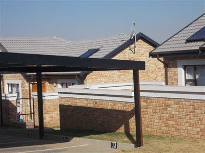 Boksburg, Beyerspark Property  | Houses For Sale Beyerspark, Beyerspark, House 2 bedrooms property for sale Price:979,000