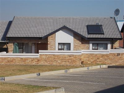 Boksburg, Beyerspark Property  | Houses For Sale Beyerspark, Beyerspark, Cluster 2 bedrooms property for sale Price:989,000