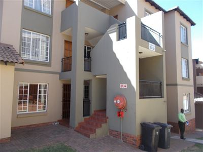Johannesburg, Meredale Property  | Houses For Sale Meredale, Meredale, Apartment 2 bedrooms property for sale Price:650,000