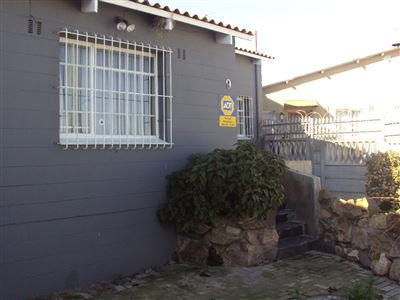 Elsies River property for sale. Ref No: 13523155. Picture no 1