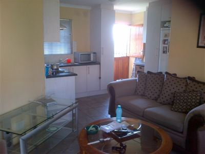 Beacon Bay property to rent. Ref No: 13523750. Picture no 3