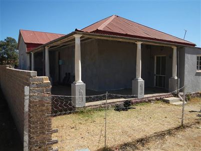 Property and Houses for sale in Vredefort, House, 3 Bedrooms - ZAR 432,000