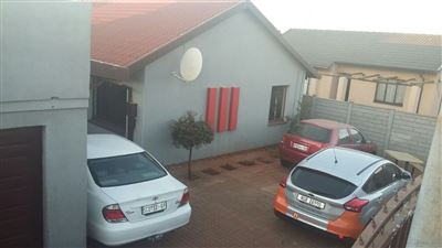 Soweto, Dobsonville Ext 2 Property    Houses For Sale Dobsonville Ext 2, Dobsonville Ext 2, House 3 bedrooms property for sale Price:735,000