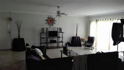 Rustenburg property for sale. Ref No: 13523986. Picture no 10