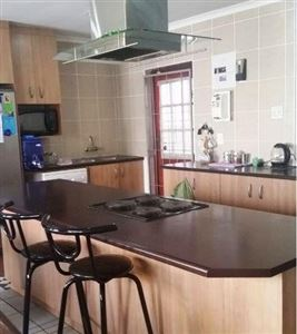 Kraaifontein, Belmont Park Property    Houses For Sale Belmont Park, Belmont Park, House 3 bedrooms property for sale Price:875,000
