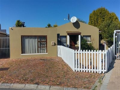 Kraaifontein, Bonnie Brae Property  | Houses For Sale Bonnie Brae, Bonnie Brae, House 3 bedrooms property for sale Price:1,150,000