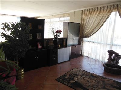 Ifafi property for sale. Ref No: 13524756. Picture no 23