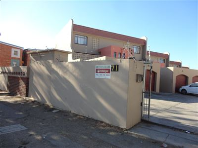East London, Southernwood Property  | Houses For Sale Southernwood, Southernwood, Flats 2 bedrooms property for sale Price:650,000
