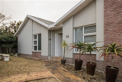 Bellville, Ridgeworth Property    Houses For Sale Ridgeworth, Ridgeworth, House 3 bedrooms property for sale Price:2,575,000