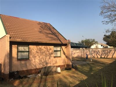 Roodepoort, Georginia Property  | Houses For Sale Georginia, Georginia, Townhouse 2 bedrooms property for sale Price:399,000