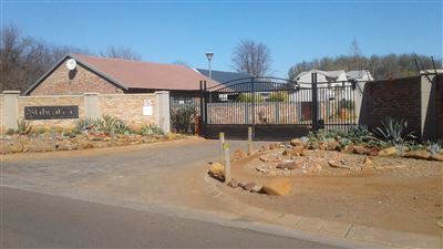 Potchefstroom, Van Der Hoff Park And Ext Property  | Houses For Sale Van Der Hoff Park And Ext, Van Der Hoff Park And Ext, Vacant Land  property for sale Price:740,000