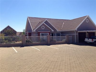 Bloemfontein, Lilyvale Property  | Houses For Sale Lilyvale, Lilyvale, Townhouse 3 bedrooms property for sale Price:1,579,000