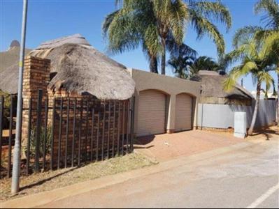 Doornpoort property for sale. Ref No: 13527361. Picture no 1