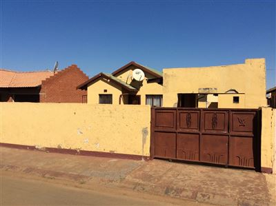 Soweto, Protea Glen Ext 2 Property  | Houses For Sale Protea Glen Ext 2, Protea Glen Ext 2, House 2 bedrooms property for sale Price:560,000