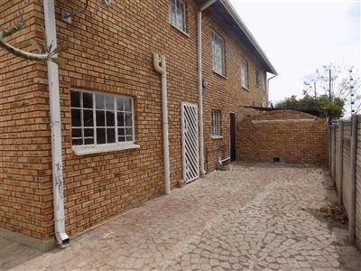 Rustenburg, Bo Dorp Property  | Houses To Rent Bo Dorp, Bo Dorp, Townhouse 3 bedrooms property to rent Price:,  6,00*