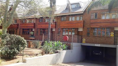 Property and Houses for sale in Hatfield, Townhouse, 9 Bedrooms - ZAR 8,130,000