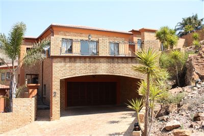Cluster for sale in Noordheuwel And Ext