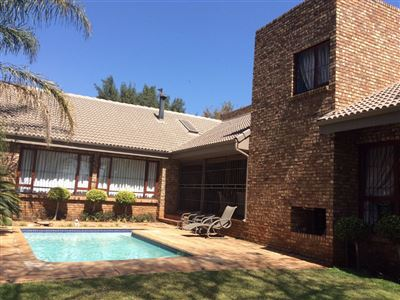 Pretoria, Magalieskruin Property  | Houses For Sale Magalieskruin, Magalieskruin, House 4 bedrooms property for sale Price:3,430,000