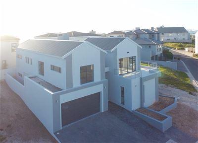 House for sale in Calypso Beach