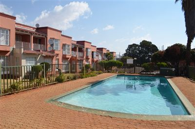 Roodepoort, Horison View Property  | Houses For Sale Horison View, Horison View, Townhouse 3 bedrooms property for sale Price:499,000