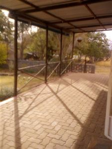 Hartbeespoort property to rent. Ref No: 13530008. Picture no 2