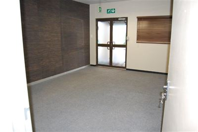 Rustenburg And Ext property for sale. Ref No: 13530028. Picture no 11