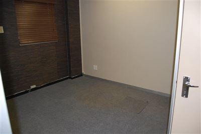 Rustenburg And Ext property for sale. Ref No: 13530028. Picture no 19