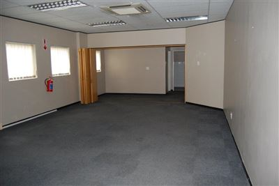 Rustenburg And Ext property for sale. Ref No: 13530028. Picture no 3