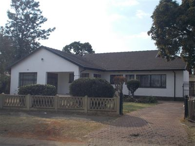 Johannesburg, Kibler Park Property  | Houses For Sale Kibler Park, Kibler Park, House 4 bedrooms property for sale Price:1,050,000