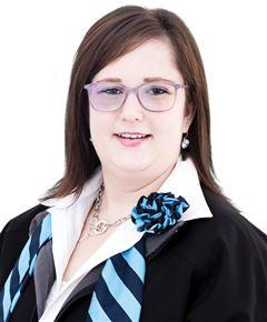 Nadia Van Tonder