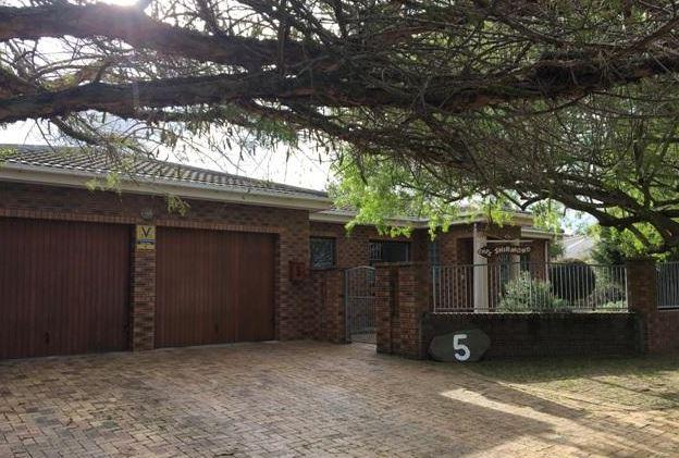 5 Bedroom House For Sale - Vredekloof, Brackenfell