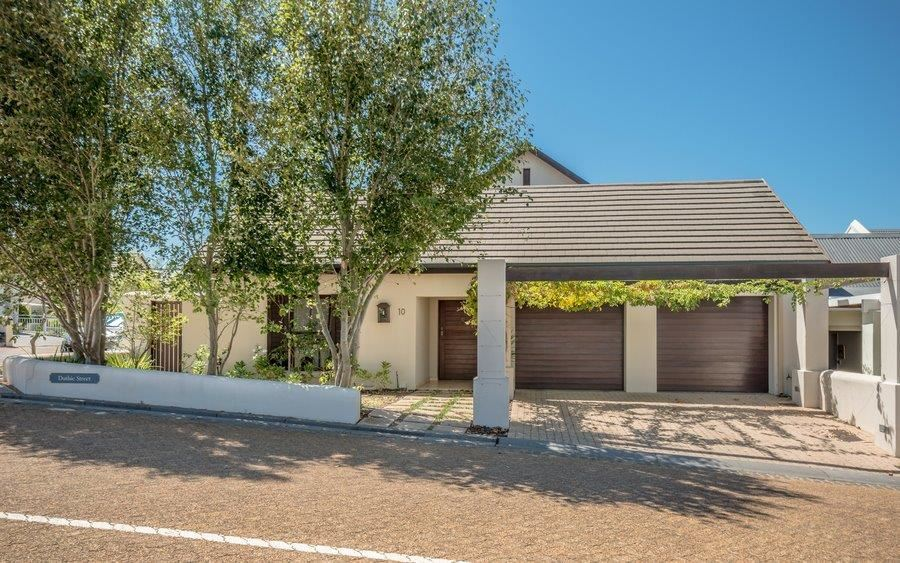 North facing home in Schonenberg Estate, Somerset West